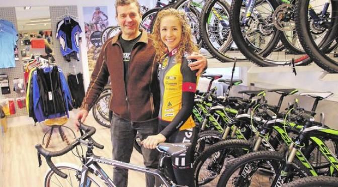 Ungt stortalent får cykel af Hareskov Cykler